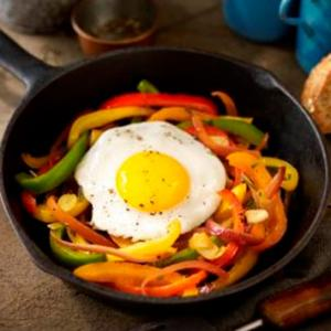 Fried Eggs with Medley of Sweet Peppers